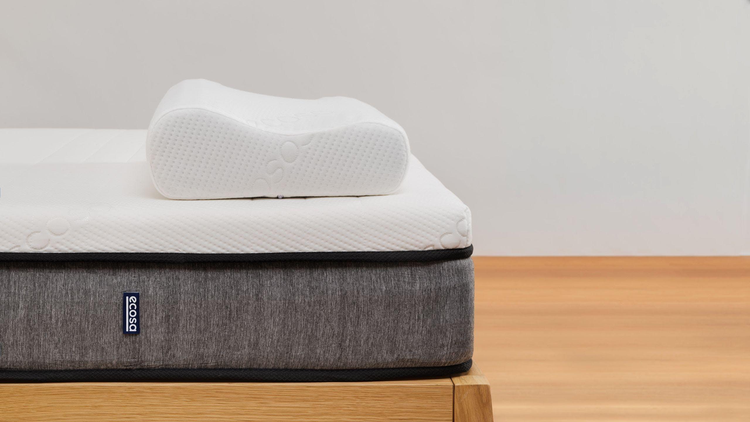 Ecosa Pillow