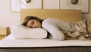 7 Benefits Of A Memory Foam Pillow